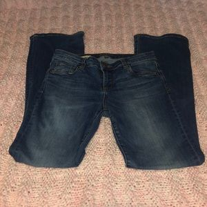 Kut from the Kloth Karen Baby Bootcut Jeans Size:2